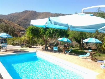 Photo for Delightful country holiday complex, 2-bedroom apartment + 3 studios, sleeps 10