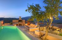 A magical holiday in a majestic landscape. Beautiful maintained villa & excellent hosting