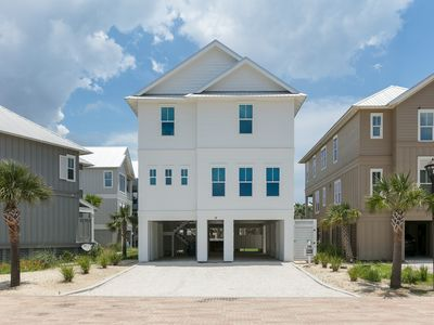 Photo for Beachfront home w/Gulf views & shared pool - close to all the attractions!