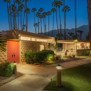 Photo for Mid-Century Modern 2 Bed, 2 Bath Condo with Stunning Mountain Views