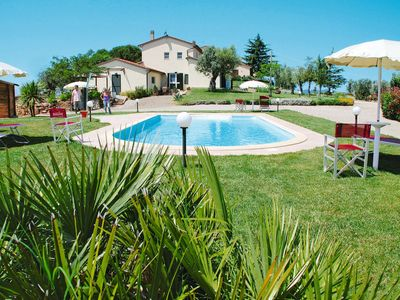 Photo for 2 bedroom Villa, sleeps 6 in Valpiana with WiFi