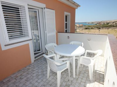 Photo for One bedroom apartment with terrace and sea view Kustići, Pag (A-6287-c)