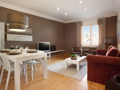 Photo for Enjoybcn Coliseum Apartments- Quality one step away from Plaza Catalunya