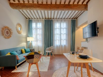 Photo for Charming and luxury flat at the heart of Aix-en-Provence old city - Welkeys