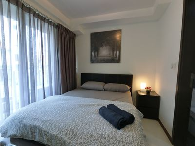 Photo for Amazing Spacious 1 Bedroom Apartment Unit @ Ochard Rd Near MRT & Shopping RVP3