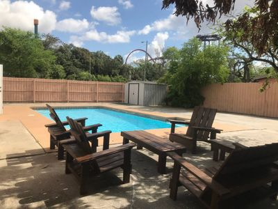 Photo for Tampa Pool Home Right Next to Busch Gardens