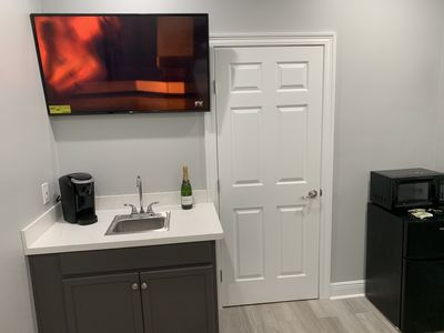 """Photo for """"NEW"""" PRIVATE 1 Bedroom 1 Bath 1 Block From Canal St. Street Car Line"""