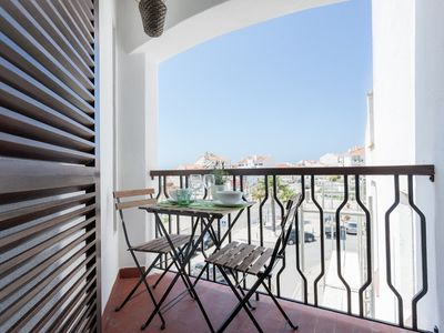 Photo for Apartment 78 m from the center of Ericeira with Internet, Balcony (678013)