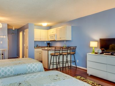 Photo for Oceanfront condo w/ ocean view, shared pool & beach access - snowbirds welcome!