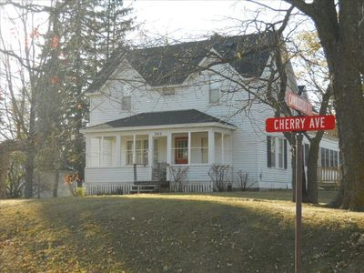 Photo for Historic Home Located in City of Annandale