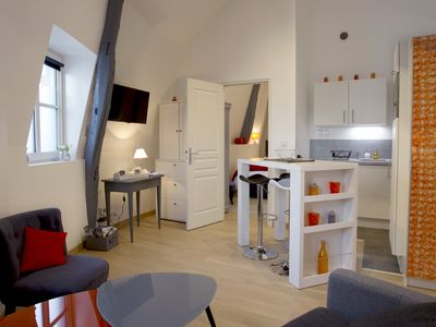 Photo for Touraine Loire Valley - Git-apartment 2-3 people at the water's edge