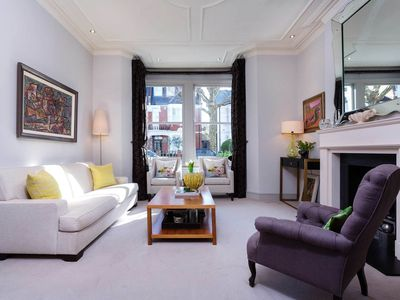 Photo for 4 bed home with stunning interior. On the river in beautiful Fulham (Veeve)