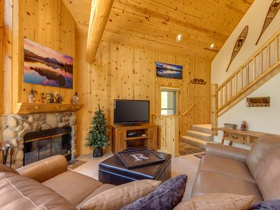 Photo for Great golf course view home with deck, private hot tub and shared resort pool!