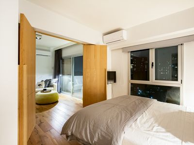 Photo for Hip One Bedroom Apartment with View