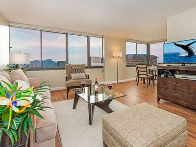 Photo for End Unit with Ocean and Diamond Head View in Luxury High-rise Close to Beach