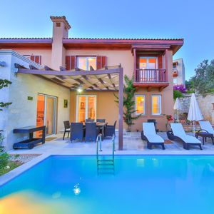 Photo for VILLA LAGUN with sea view ,private swimming pool,6 sleeps, ensuite 3 rooms