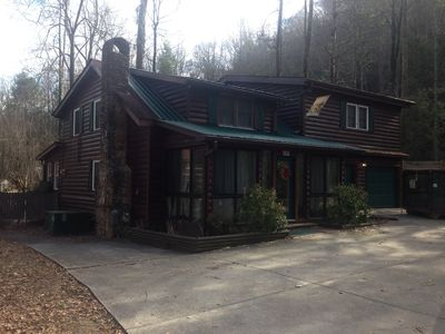 with cabins nifty talentneeds home wonderful distance ideas walking gatlinburg downtown decor com in