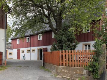 Anno 1818: Charming farmhouse. 13 pers. ,, Sächs. Switzerland, from 2 nights!  - Berghof Neustadt 13 Pers.