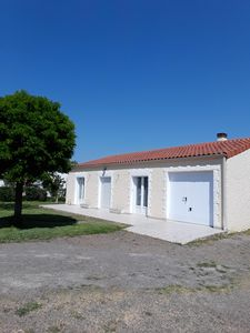 Photo for Holiday house, garden, 800m from the beaches