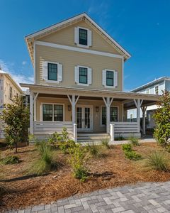 Photo for Wow! luxurious, large 3 story home! professionally decorated, walk to beach