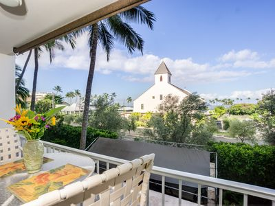 Photo for Stunning Condo with Ocean views in the heart of Kona