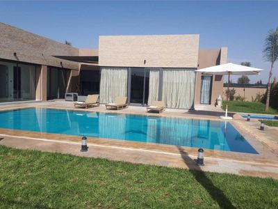 Photo for Villa of dreams with heated pool, jacuzzi and steam room Marrakech