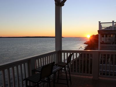 Photo for The Penthouse at High Tide - Best Views Right on the Beach - Great for Families!