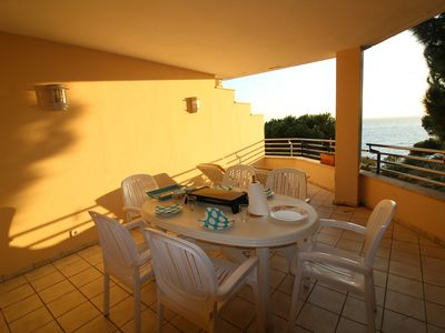 Photo for Very spacious apartment with nice sea view and the Bay of Roses.