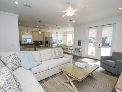 Photo for Gulf Views!! 3.5 bed/3.5 bath home w/ 2 sleeper sofas and a loft area!