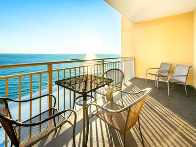 Photo for BeachFRONT for 6!☀Sterling Reef 1006☀2BR-Pool-Sep 23 to 25 $551 Total! FunPass