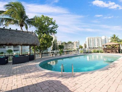 Photo for Tropical Waterfront Stunning 5 B/R- 5 min to beach
