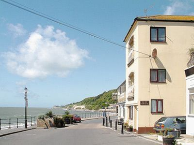 Photo for 2 bedroom property in Ventnor.