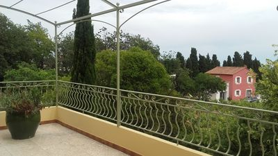 Photo for Top of Villa with large terrace with sea view, in the heart of a vineyard