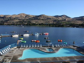 Slidewaters at Lake Chelan, Chelan, Washington, Estados Unidos