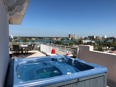Superb Deluxe Family Friendly Condo W Rooftop Terrace Hot Tub Breathtaking Views Clearwater Beach Download Free Architecture Designs Scobabritishbridgeorg