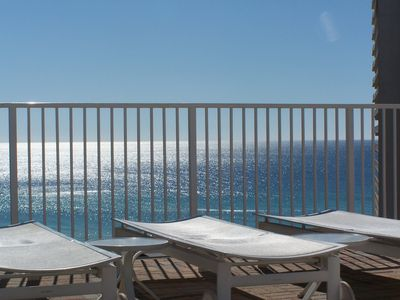 Photo for Beach life inc. Luxury condo 2nd fl, Beach, 5 pools, grills, Best vacation ever!