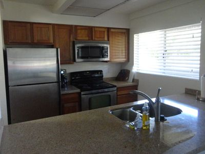 **AWESOME PRICE/VALUE! Close to many activities! Kitchen, w/d, lanai, wifi, etc