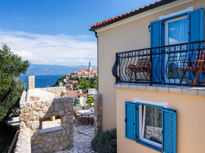 Photo for Villa Pinia With Panoramic Seaview, Jacuzzi, Boat And Scooter In Vrbnik