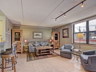 Photo for Spacious Condo in the Heart of Center Village. Pet Friendly! VS367