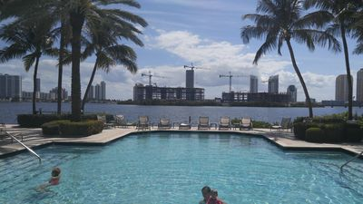 Photo for Luxury 2/2 Condo 'Model Unit' In Aventura