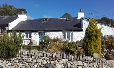 Photo for A romantic hideaway for two in the foothills of Snowdonia