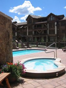 Slope Side Heated Pool & Jacuzzi