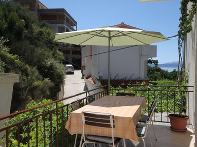 Photo for Two bedroom apartment with terrace and sea view Podgora, Makarska (A-6774-a)