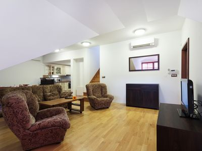Photo for Quiet Apartment family-friendly with AC near the city center 3