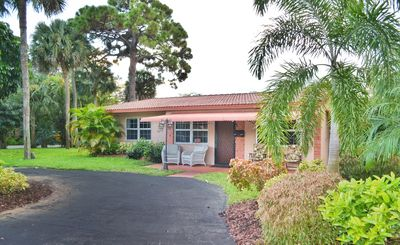 Photo for Charming 4 bedroom, 2 bathroom Villa in South Fort Lauderdale