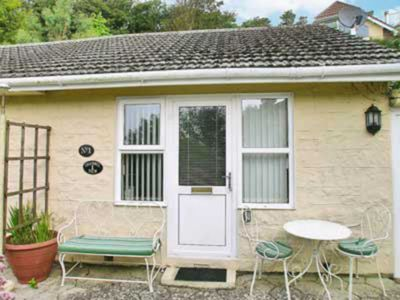 Photo for 1BR House Vacation Rental in Niton, near Ventnor