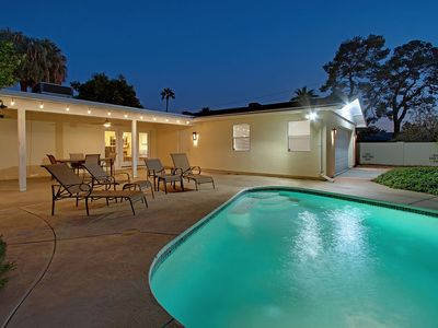 **Arcadia Light House**HEATED POOL**2 Master Suites, Near Biltmore/Old Town**