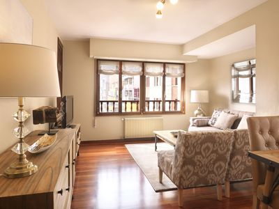 Photo for Luxury Flat in Paseo de Begoña 2 H, WiFi, Garage in Centro Gijón * For 5 p