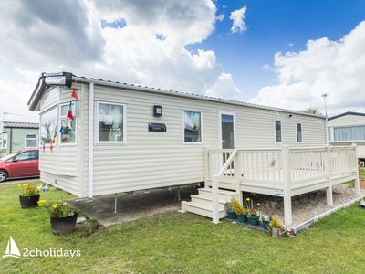 Photo for Luxury caravan 4 hire near Great Yarmouth at Cherry tree holiday park ref 70403