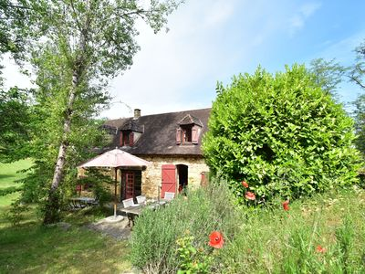 Photo for Characteristic house on private estate near Saint-Cirq-Madelon (3 km)